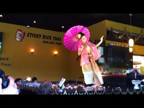 BCRestaurants.ca | BCRestaurants.ca presents Umbrella Dance | Sticky Rice | Apinya Chunchoei