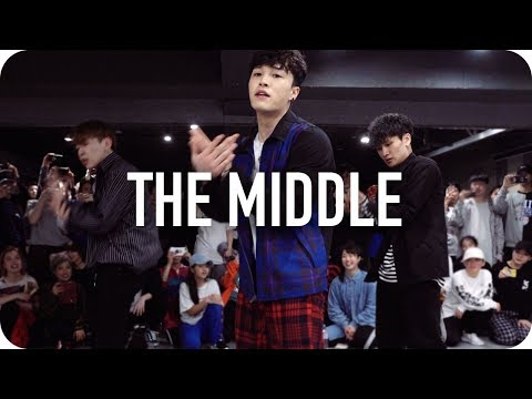 The Middle - Zedd, Maren Morris, Grey / Junsun Yoo Choreography
