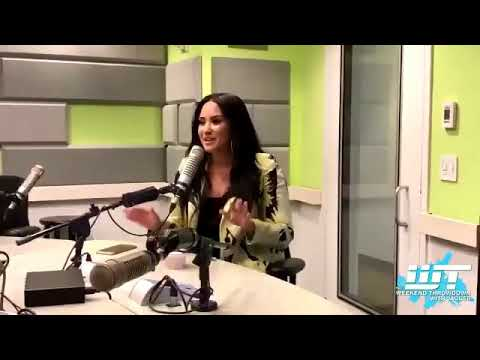 Demi Lovato - Christina Aguilera Collab & her Top #3 favourite songs