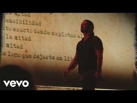 Ricardo Arjona - Señorita (Official Video)