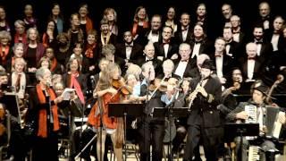 Kugelplex - Jari Ya Hammouda with Joan Baez - Live at the Paramount Theatre