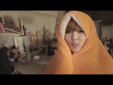 HYUNA - ICE CREAM (BTS: Music Video)