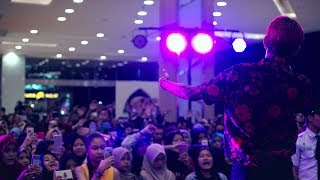 YOUNG LEX - Nyeselkan Live | At Ganaskustik, Grand Galaxy Park