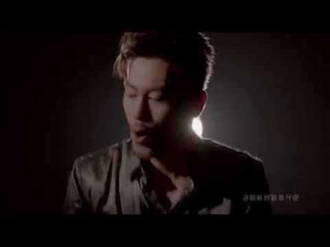 在你左右   鄧子霆Chris Tang 第二張個人專輯  以 / 身 / 試 / 愛  首波主打歌