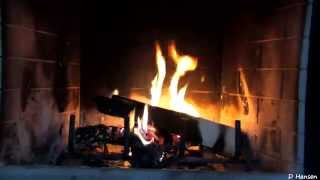 Repeat youtube video ♥♥ 1 Hour Burning Logs in Fireplace (in HD)