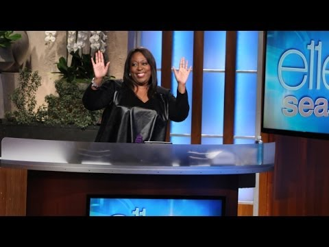 Loni Love Catches Up with Ellen - YouTube