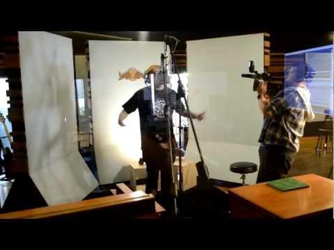 Aczino / Calentando el micro en el estudio / Madrid 2013