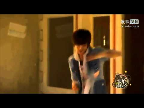 [CUT] 041211 Jo Twins dancing on Wall to Wall by Chris Brown @ Chinese TV
