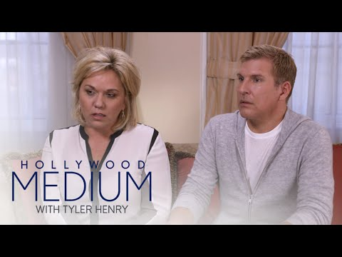 Todd and Julie Chrisley Get Message From Late Brother   Hollywood Medium with Tyler Henry   E!