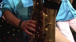 Bekijk video 2 van Blurred Lines op YouTube