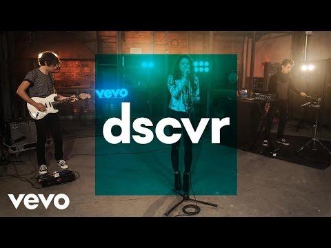 Tess - Love Gun - Vevo dscvr (Live)