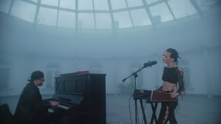 Natalia Szroeder - 1-2 X [Official Live Video]