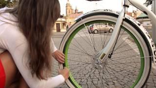 Bikers Rio Pardo | Vídeos | Rubena lança câmara de ar que pode ser trocada sem a retirada da roda