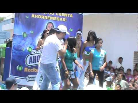San Luis jil. bailando  (como se mata el gusano....)