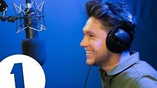 Niall Horan plays CELEBRI-TELLY