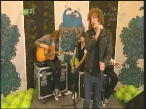 The Pigeon Detectives - This Is An Emergency - Isle of Wight Festival 2009 - Acoustic