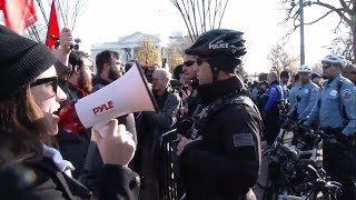 Alt-right protesters face off with antifa at rally for Kate Steinle