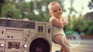 Baby gangnam style: psy dancing