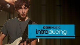 Alfie Templeman - Like An Animal (BBC Music Introducing session)