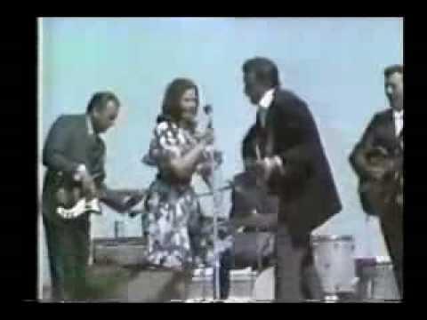 Johnny Cash and June Carter Cash - Long Legged Guitar Pickin' Man