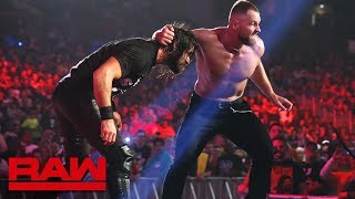 Dean Ambrose vs. Seth Rollins - Intercontinental Title Falls Count Anywhere Match: Raw, Jan. 7, 2019