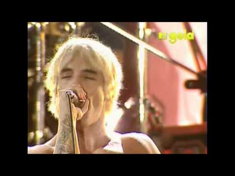 Red Hot Chili Peppers - The Power Of Equality - Live in Red Square, Moscow [HD]