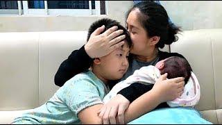 """Lê Phương """"đứ,t ruột"""" vì sống xa con Trai, nhưng bé Cà Pháo rất thương em và mẹ"""