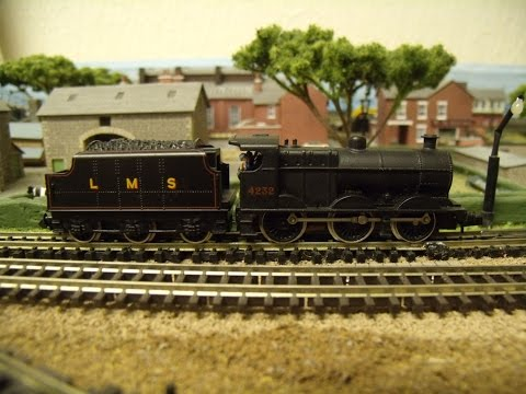 Graham Farish N Gauge LMS 0 6 0 Fowler 4f Locomotive 4232 with Tender