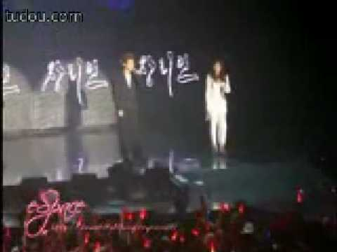Zhang li yin & Junsu - Timeless at 2007 sm town concert