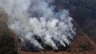 Bolsonaro dice que Brasil carece de los recursos para combatir un número récord de incendios en la selva amazónica