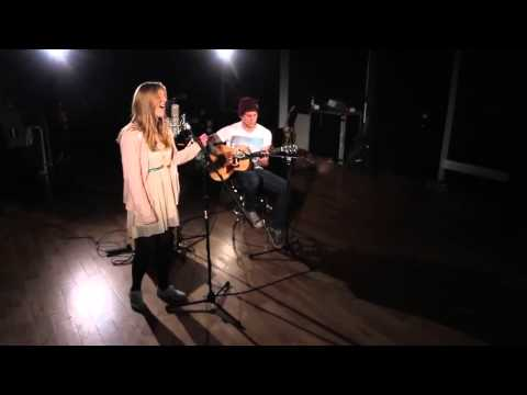 Baixar Becky Hill   She Wolf Falling To Pieces) (David Guetta Cover) (Ce n'ai pas moi)