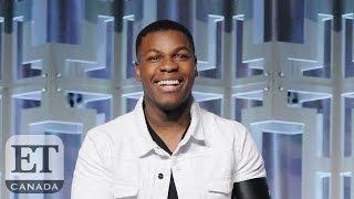 John Boyega Shares Daisy Ridley's On-Set Bad Habit | STAR WARS