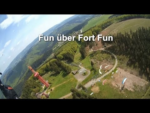 Fun über Fort Fun - Gleitschirmfliegen im Sauerland