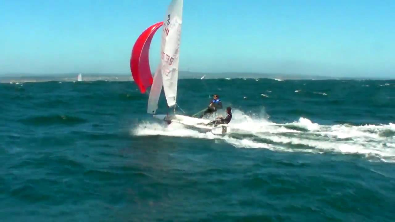 420 Sailing Reach With Spinnaker 35 Knots Youtube