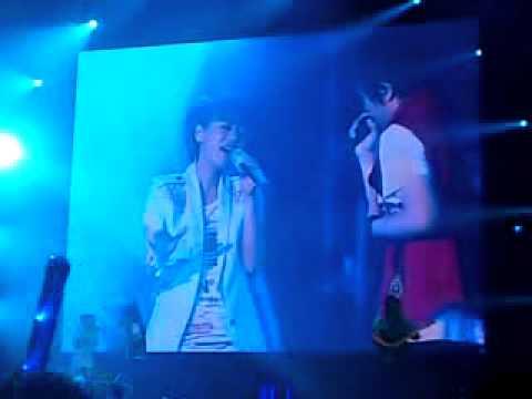 20100605 阿信、丁噹-擁抱@五月天變形DNA[無限放大版]馬來西亞演唱會
