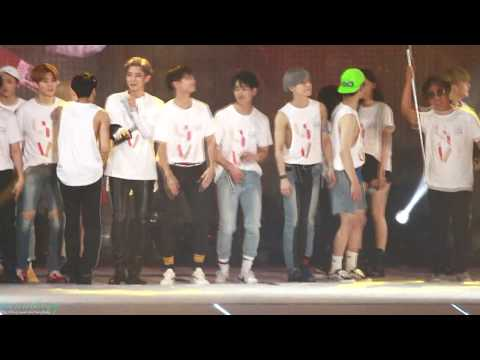 [2017.07.08 2017 SMTOWN LIVE] SHINee - Ending(빛) (all & Taem focus) (Do not re-upload)