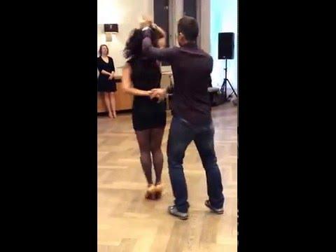 Salsa lessons lessons London