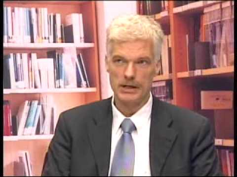 OECD's Andreas Schleicher on Education at Glance 2009 - YouTube