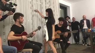 In sufragerie la Irina Rimes