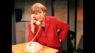 Angie telefoniert: Koalition