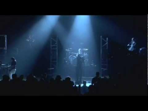 Skillet - Savior (Comatose Comes Alive DVD HQ) Lyrics