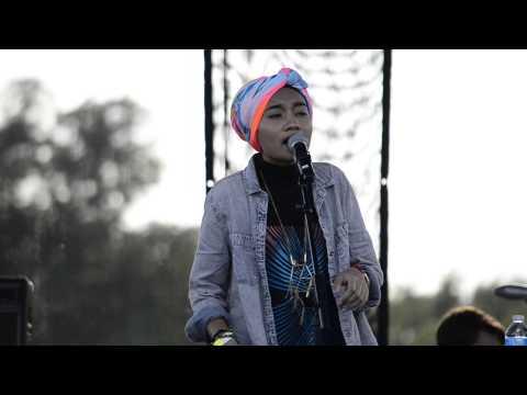 Yuna -I wanna Go Live at Streets 2013 Chicago