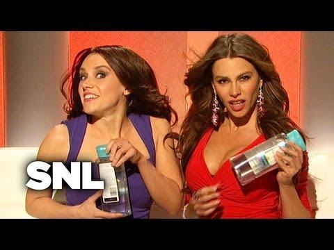 Sofia Vergara and Penelope Cruz Sell Pantene Shampoo - SNL