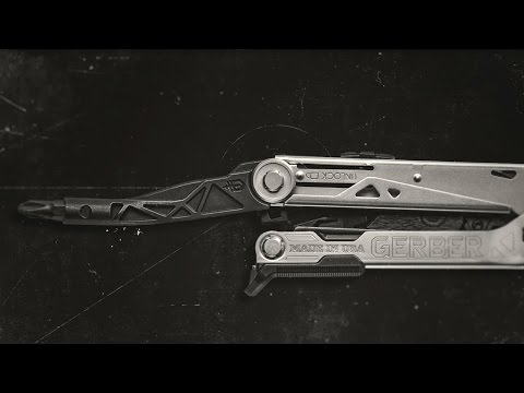 Gerber Center-Drive Multi Tool (Black) with Bit Set and Belt Sheath