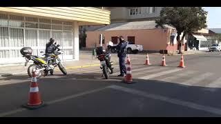 Instalação de redutores de velocidade na Rua Bento Gonçalves em Camaquã