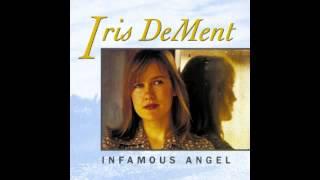 Iris DeMent
