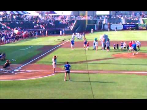 Mike Jones - www.USstoragesearch.com -1st Pitch.wmv