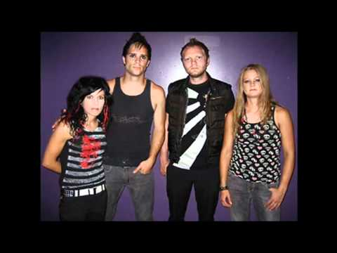Skillet - Under My Skin (Lyrics on Screen Video HD)
