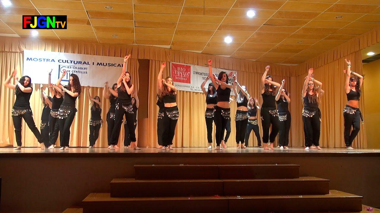 12. Hips don't lie (1º Bach A) - XV Mostra musical i cultural IES Gilabert de Centelles 2015 Nules