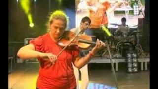 Laimas Muzykanti - Laimas Muzykanti -Sūr Rinda (live) 2008